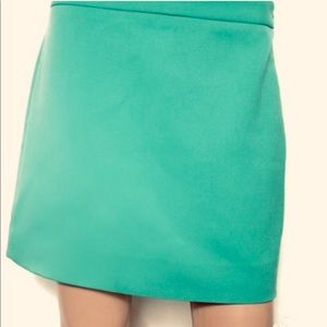 Gap deck green mini skirt